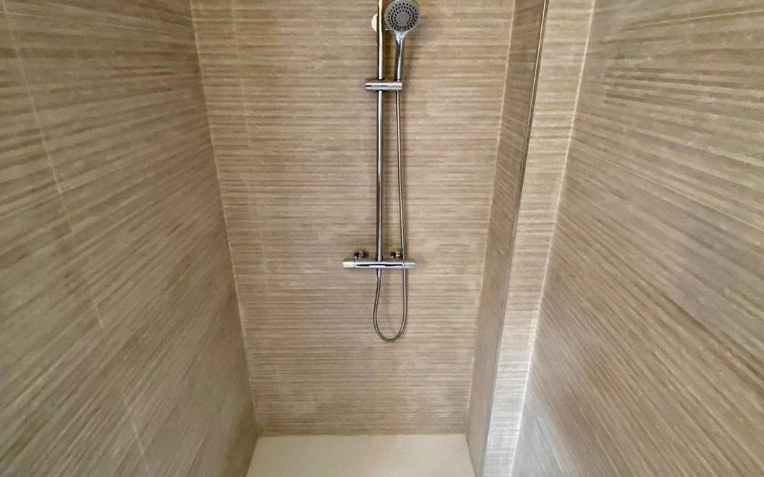 Reforma y acondicionamiento de bañera con lo ultimo en materiales.