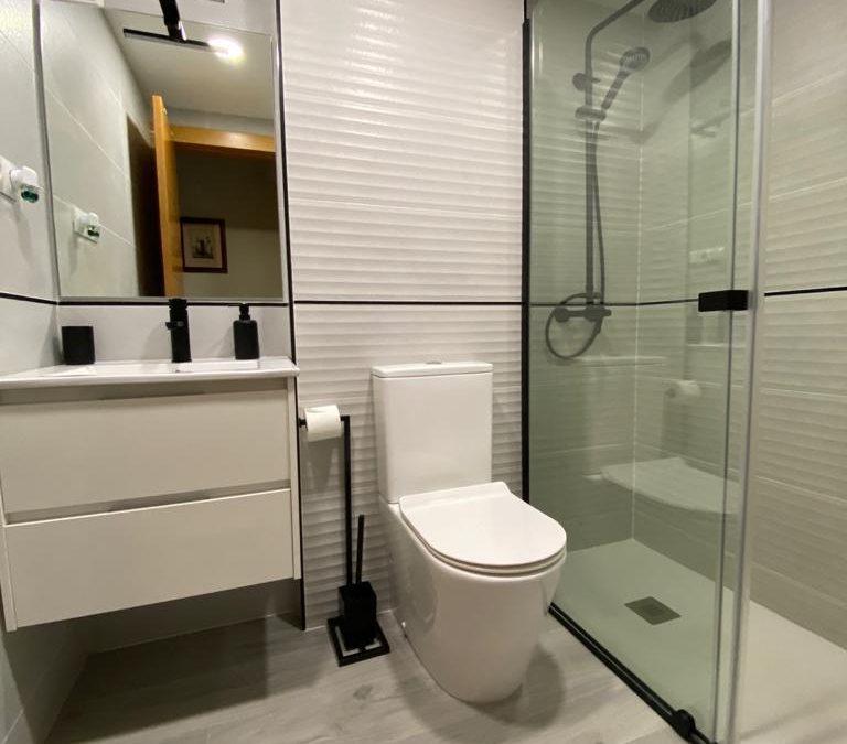 ¡Quién diría que es el mismo baño!