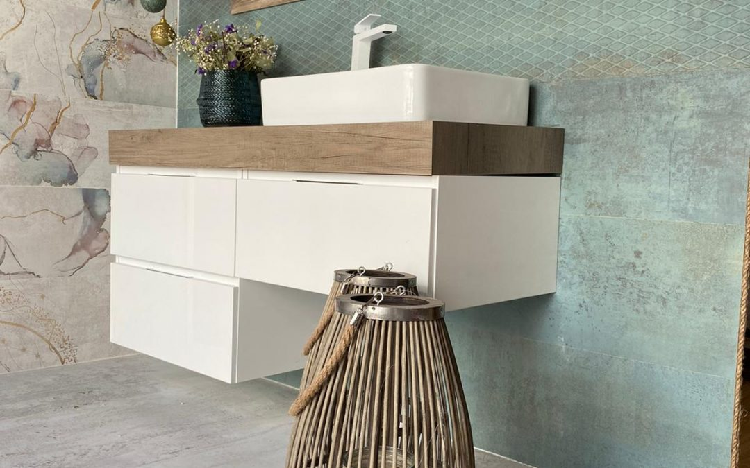 Muebles y decoración con hasta un 30% de descuento. 